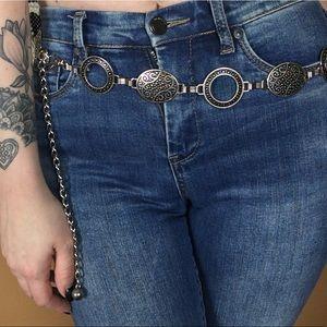 VINTAGE / Silver Metal O Ring Chain Belt
